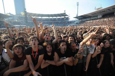 BJK_inonu_stadium_istanbul_sonisphere 27_06_2010