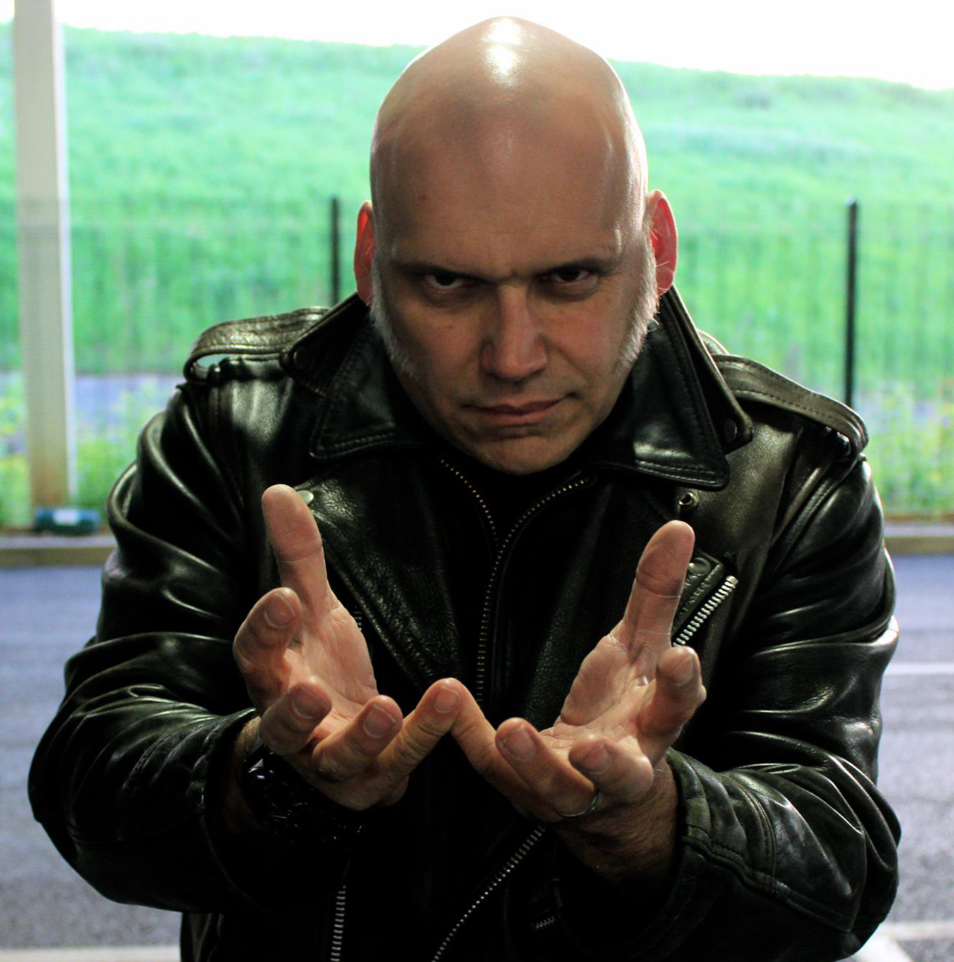 Photo of Bruce Dickinson  & his friend Blaze Bayley